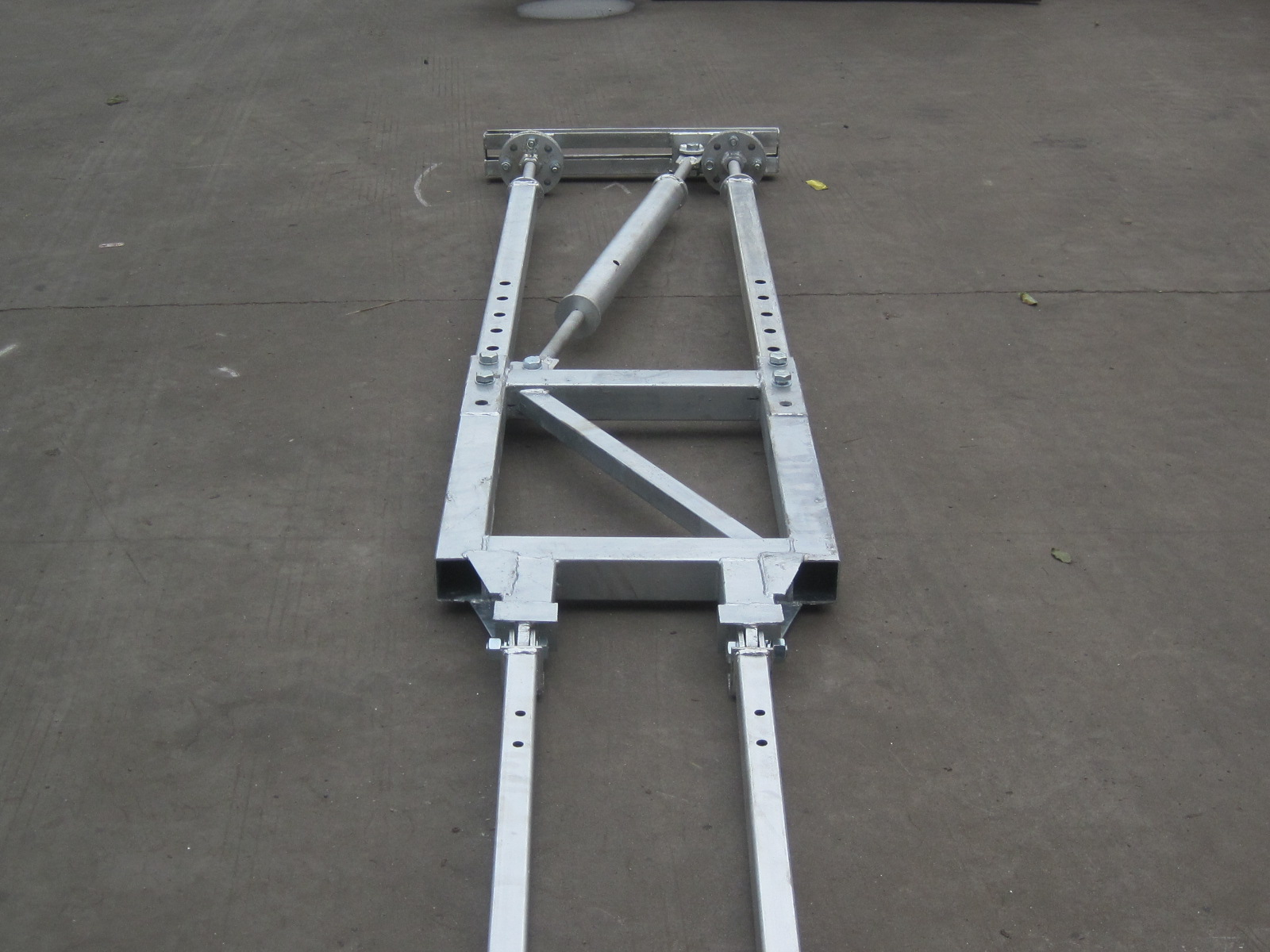OEM Stainless Steel V Type Wall Tie Frame for Construction Hoist